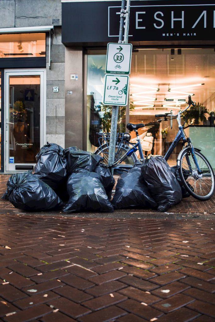 Worki na śmieci – pojemności, kolory, segregacja